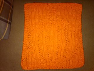 Pumpkin_dishcloth_small2