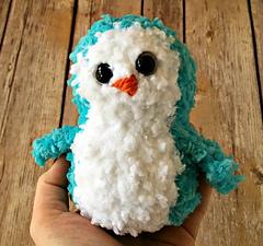 Buttercup-penguin-pal-closeup_small