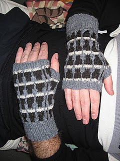 Mitts_002_small2