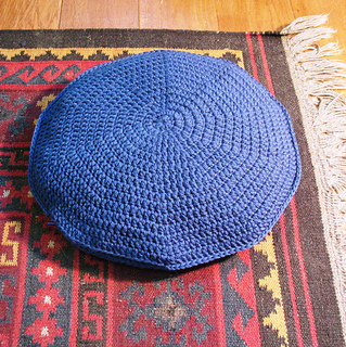 Ravelry: The Big Easy Round Pillow Pattern pattern by Sarah Lora