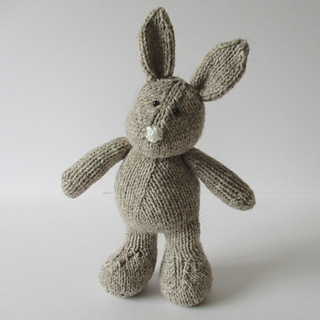 Pip_the_bunny_img_0811_small2