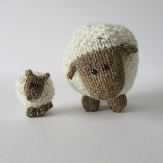 Moss_the_sheep_img_0597_small2