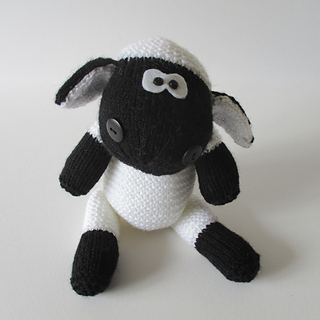Ally_the_sheep_img_1499_small2