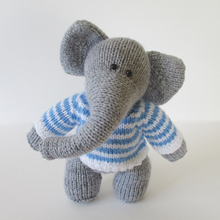 Wellington_the_elephant_img_1788_small2