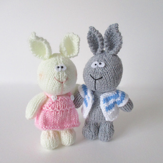 Harry_and_hatty_hare_img_6243_small2