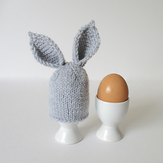 Bunny_ears_egg_cosy_img_5273_small2