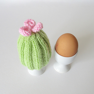 Cactus_egg_cosy_img_5245_small2