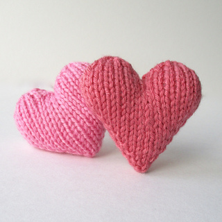 ravelry hearts pattern by amanda berry