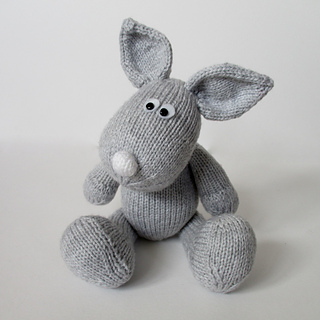 Henry_rabbit_img_8611_small2