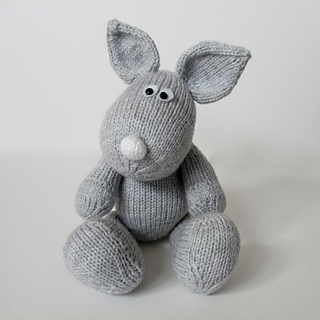 Henry_rabbit_img_8601_small2