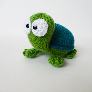Spencer_the_tortoise_img_9398_small2