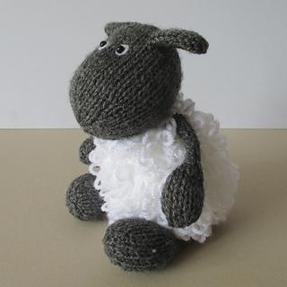 Loopy_sheep_img_2639_small2