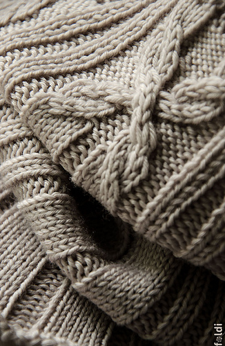 Cable-cowl-light-brown-04_medium