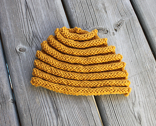 Beehive_tea_cozy_092812_small2