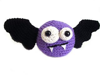 Bat2_small2