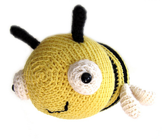 Bee2_big_small2