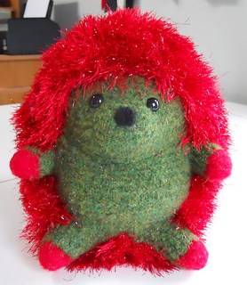 Holidayhedgie_front_small2