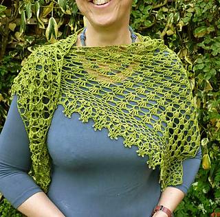 Clara_s-shawl-2_small2