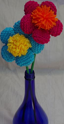 5_petal_pom_pom_center_fun_flowers_on_a_sticklong_rectangle__medium