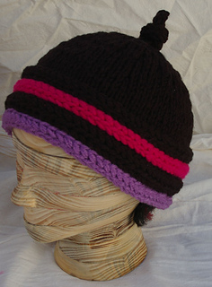 Black_fushia_purple_banded_beanie_2_small2
