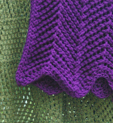 Chartruese_melange_alpaca_and_purple_red_heart_showing_points_small