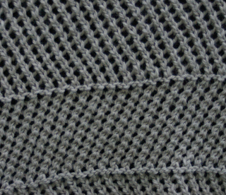 Blackthorne_wool_alpaca_natural_color_close_up_of_mesh_small2