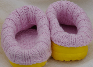 Clog_liners_adult_size_8_pink_lliner__yellow_clog__back_view_small2