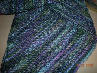Diagonal_beaded_scarf_small2