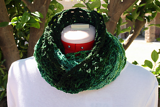 Laurel_wreath_cowl_4_small2