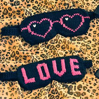 Eye_candy_knitted_eye_mask_knitting_pattern_love_shades_6_small2