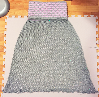 Mermaid_skirt_blocked_small2
