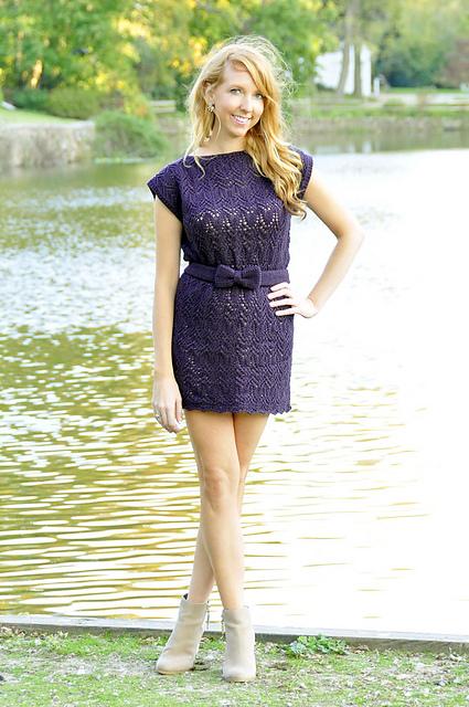 """robe de dentelle tricotée  """"Take a Bow"""" Lace Dress and Top par Lauren Riker"""