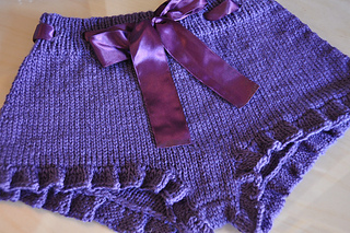 Purple_knitted_ruffle_shorts_flat_small2