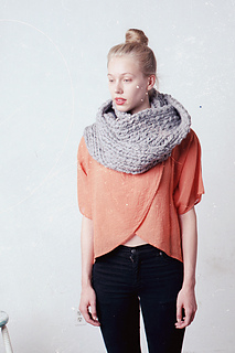 Lambton-cowl-extra-bulky-versiongrey-goodnightday-1_-_2copy_small2