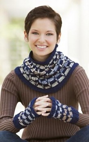 Corrina_cowl_mitts_240_medium