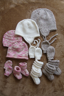 2910_baby_hat_n_mitt_small2