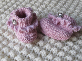 Pink_ruffle_booties3_small2