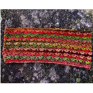 Vega-crochet-cowl-5_small2