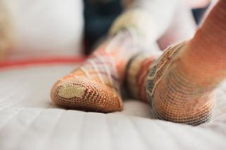Slippery_slope_socks_1_small2