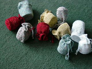 Christmas_tree_bags_small2