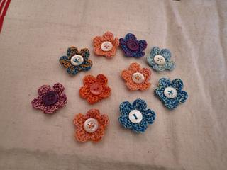 Easy_crochet_flowers_small2