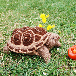 Ravelry: PIE CRUST the TORTOISE turtle pattern by Debi Birkin
