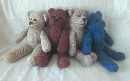 Handmade_by_suzanne_bear_4_bears_medium