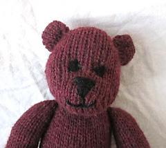 Handmade_by_suzanne_bear_face_small