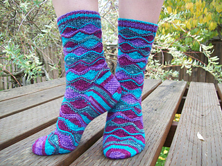 Shawl_and_socks_1070_small2