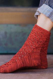 Plucky_knitter_sock_b_small2