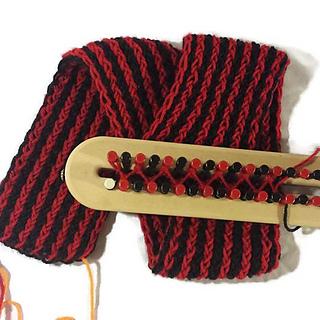Ravelry Vertical Stripe Scarf pattern by Amanda Pratt
