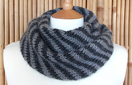 Knitting Pattern Cowl Size 13 : Ravelry: Splendid Striped Cowl pattern by Martine Ellis