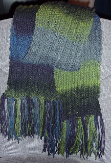 Variegated_scarf_edited_small2