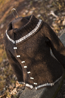 Version_2_sweater_013_small2